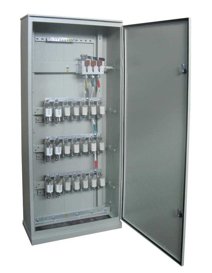 Шкафы силовые распределительные СПА-77 предназначены для приема и распределения электроэнергии трехфазного...